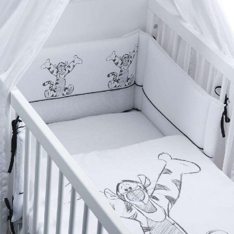 tour de lit bébé tigrou Liste de naissance de Sarah Duclou et Jonathan Ruiz tour de lit bébé tigrou